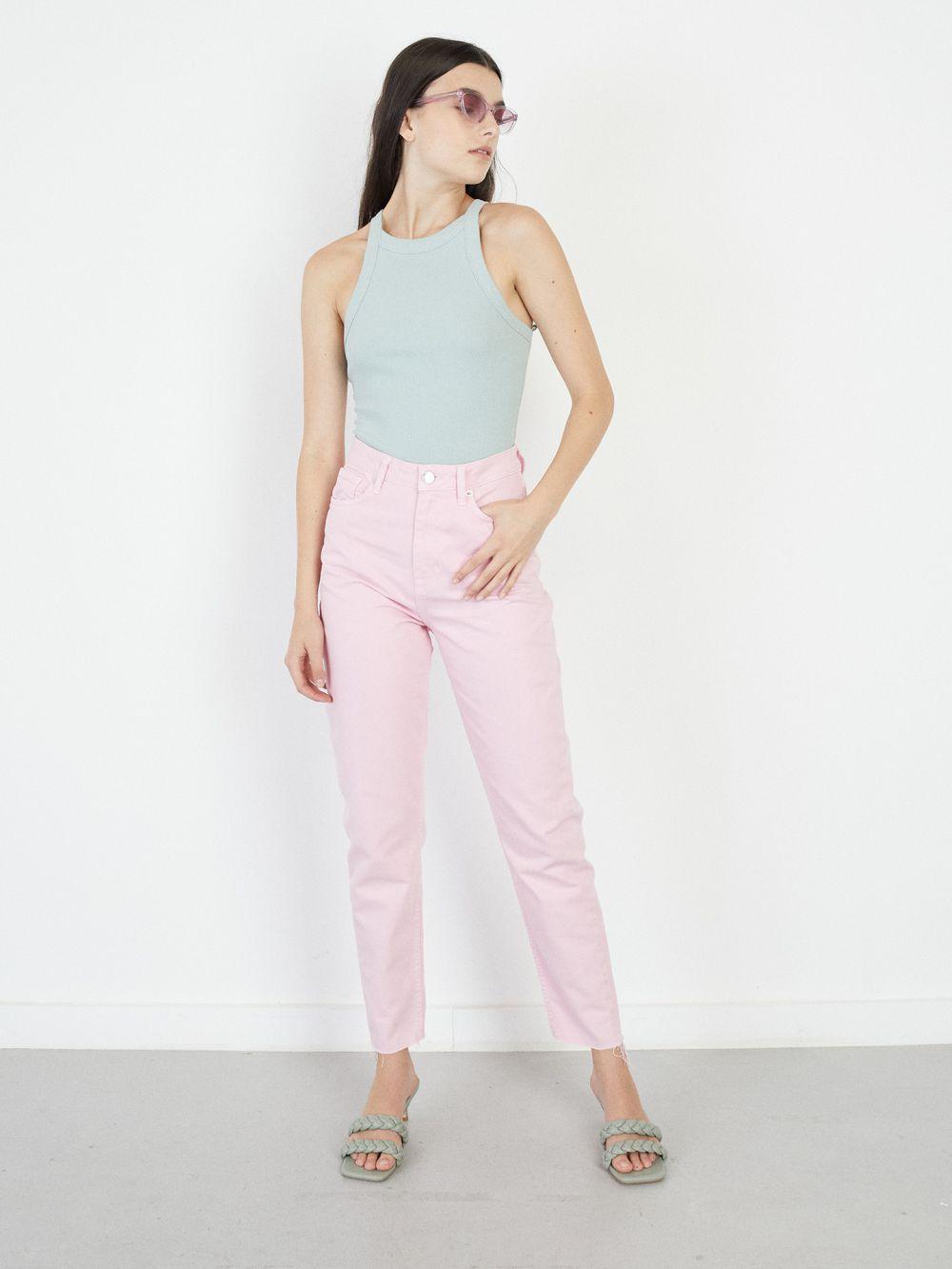 ג'ינס MOM צבע פסטל