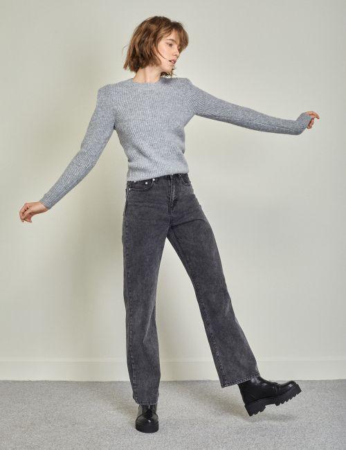 ג'ינס WIDE LEG בשטיפה שחורה