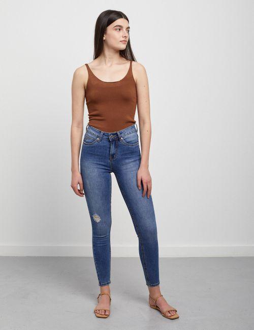 ג'ינס Naomi עם קרע