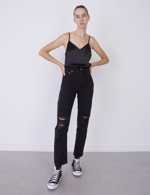 ג'ינס STRAIGHT עם קרעים