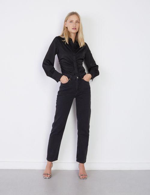 ג'ינס STRAIGHT בגובה המותן