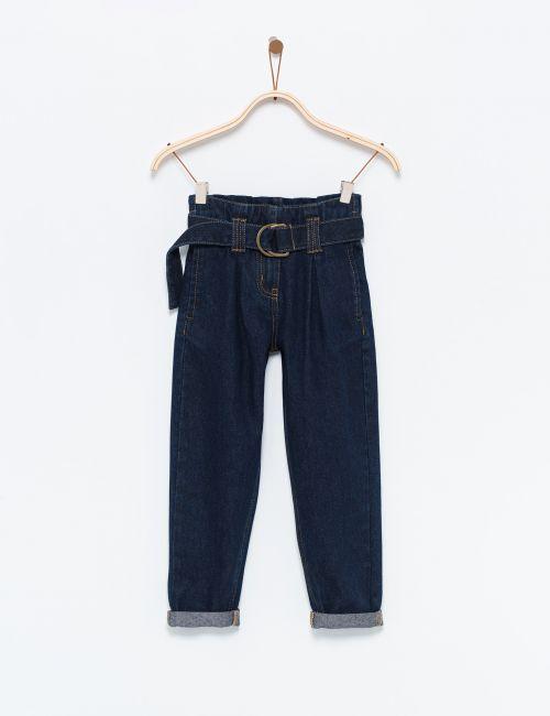 ג'ינס קפלים עם חגורה