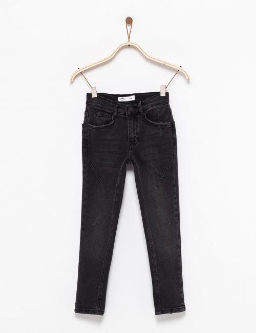 ג'ינס סקיני עם תיפורים