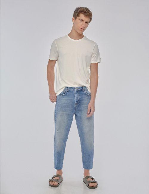 ג'ינס Relaxed Cropped בסיומת פרומה