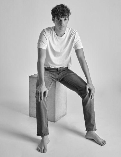 ג'ינס MOSES Slim אפור משופשף