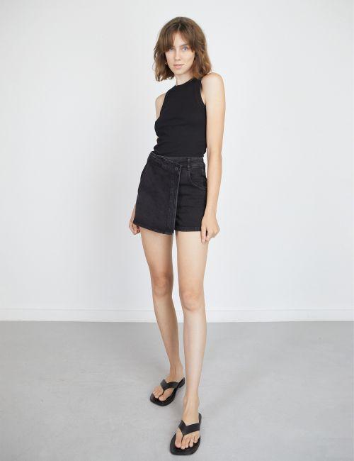 חצאית מכנסיים דנים