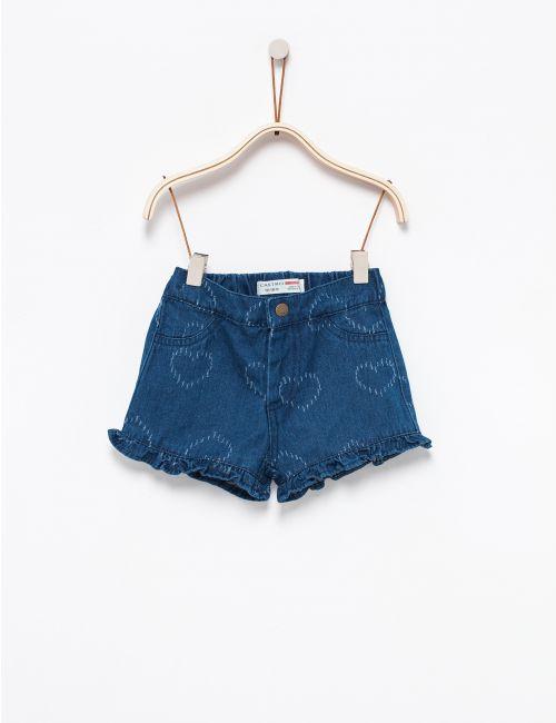 מכנסי ג'ינס עם לבבות
