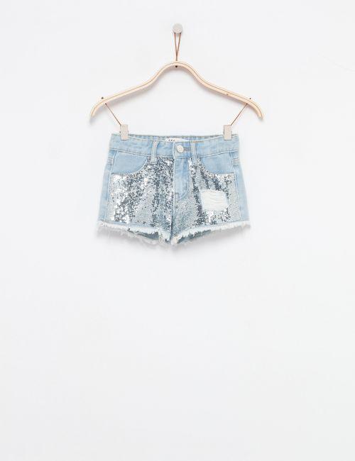 ג'ינס שורטס עם פייאטים