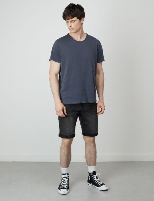 ג'ינס ברמודה מכפלת מקופלת