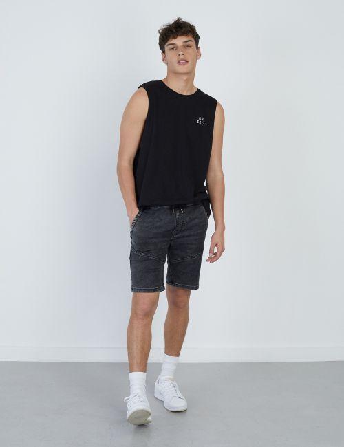 מכנסי ג'ינס ג'וגר קצרים