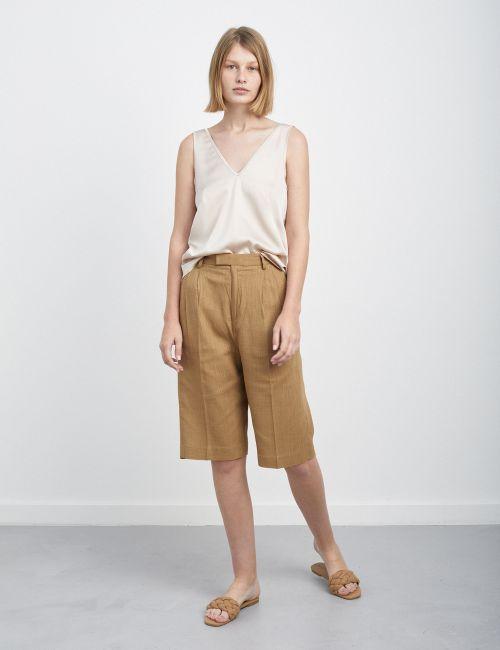 מכנסי ברמודה בשילוב פשתן