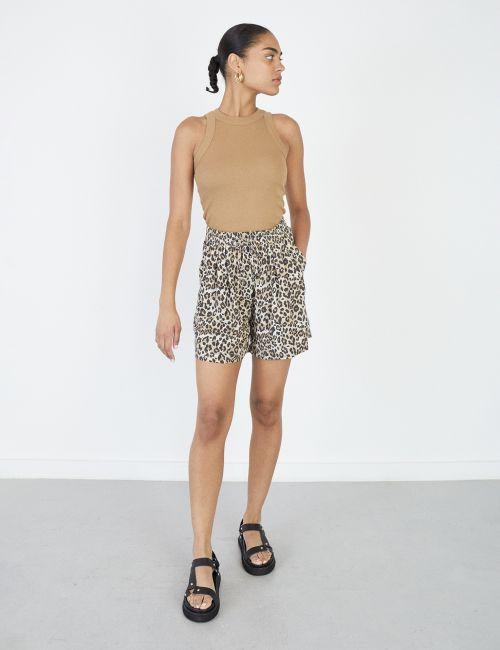 מכנסיים קצרים מודפסים עם שרוך קשירה