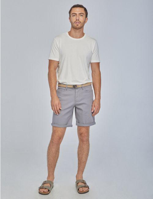 מכנסיים קצרים עם חגרות קנבס
