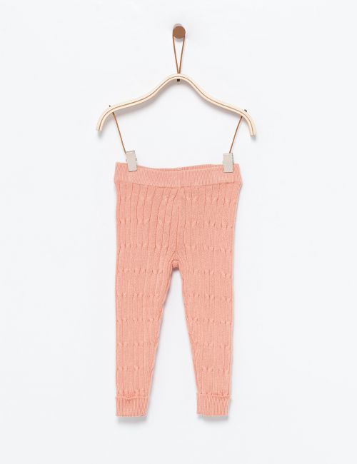 מכנסיים סרוגים