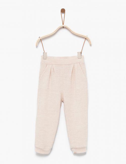 מכנסי סריג עם קפלים