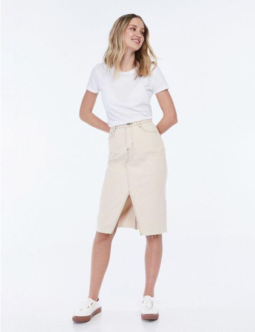חצאית ג'ינס מידי עם שסע קדמי