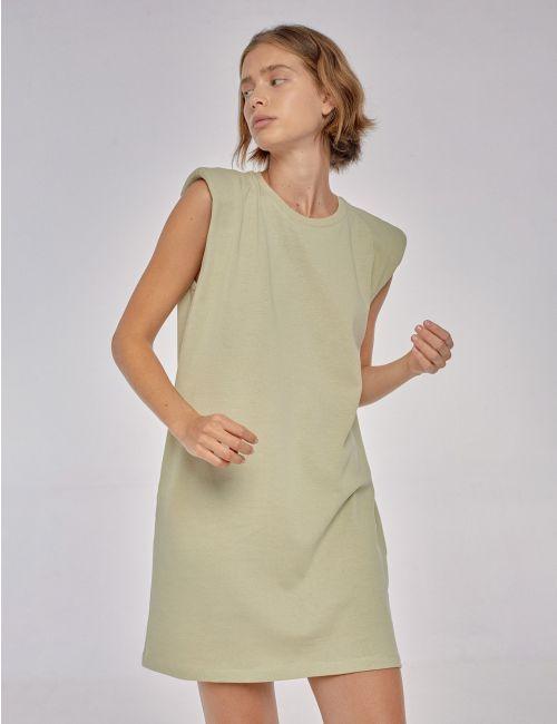 שמלת טי עם כתפיים מודגשות