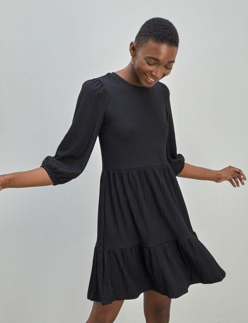 שמלת קומות עם שרוולים רחבים