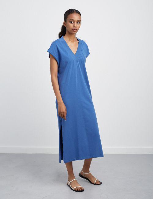 שמלת פוטר דק עם צווארון וי