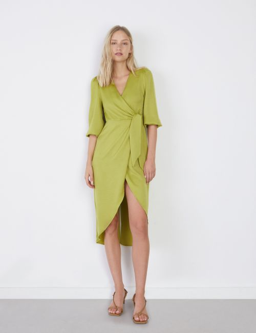 שמלת סאטן מעטפת