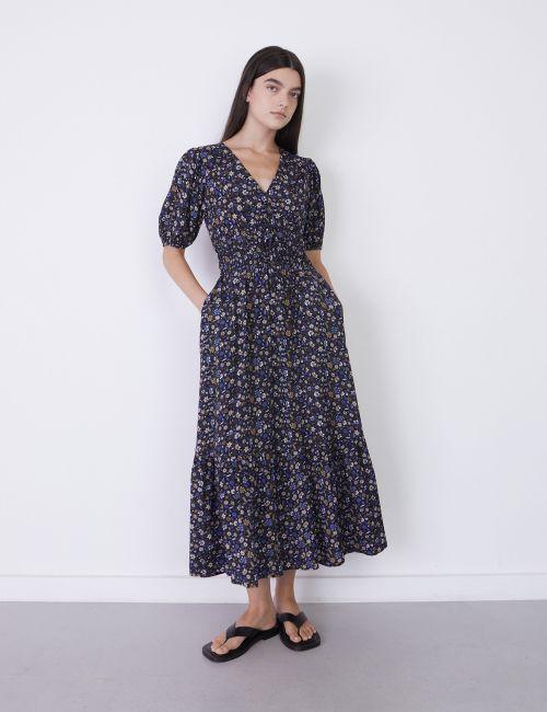 שמלת מקסי פרחונית עם כיווצים