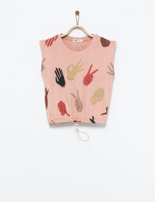 חולצת טי ללא שרוולים בהדפס ידיים ותרוזים