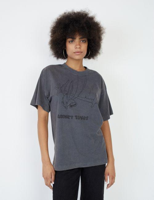 חולצת טי אוברסייז באגס באני