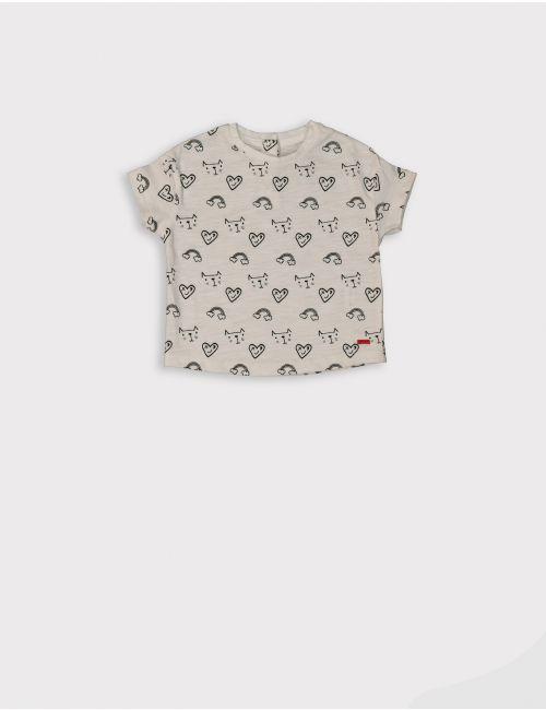 חולצת טי בהדפס חתולים ולבבות