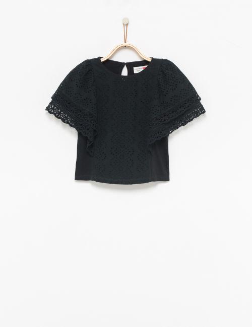 חולצת תחרה עם שרוולים רחבים