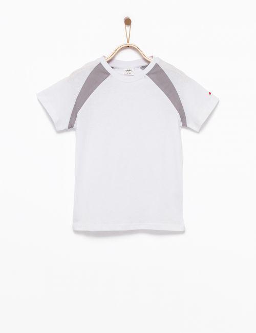 חולצת טי חיתוכי צבע