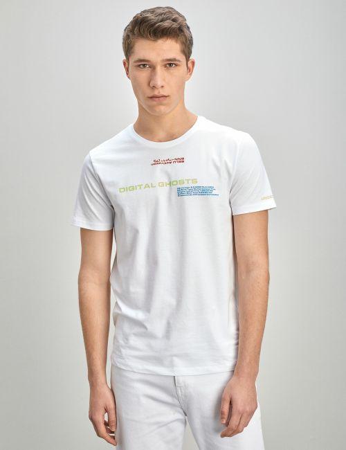 חולצת טי עם כיתוב בגזרת Slim