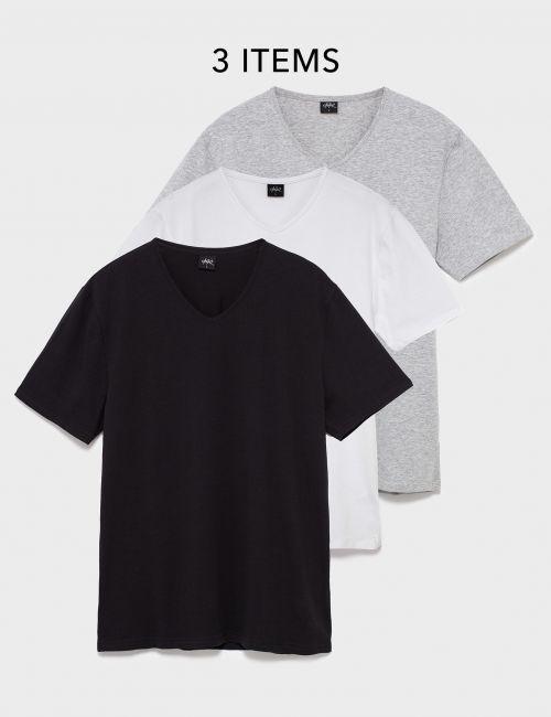 מארז 3 חולצות טי בגזרה צמודה וצווארון וי