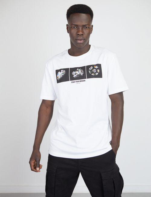 חולצת טי בוקסי עם הדפס חלל