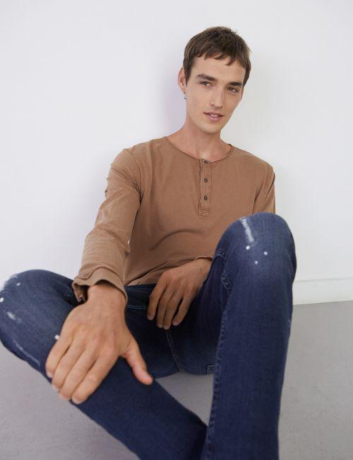 חולצת טי שינה כפתורים במראה מכובס