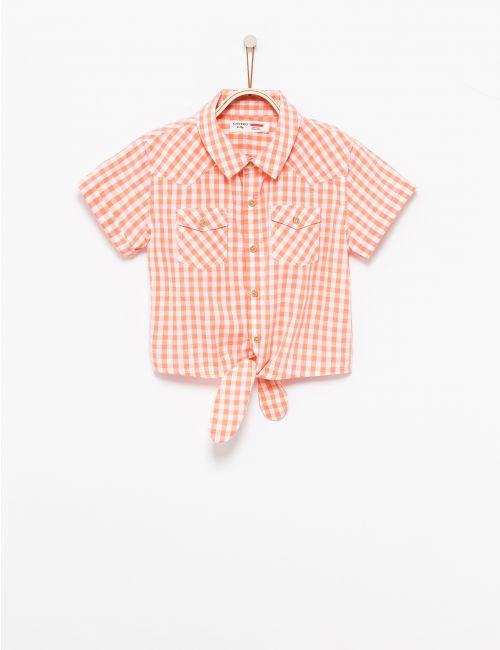 חולצת משבצות עם קשירה