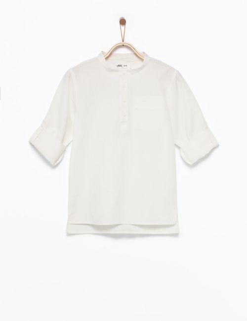 חולצה חצי מכופתרת עם צווארון סיני