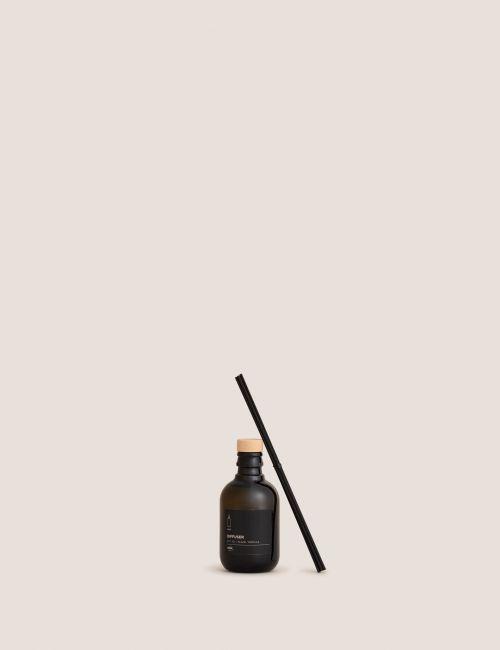 """מפיץ ריח BLACK VANILLA בנפח 250 מ""""ל"""