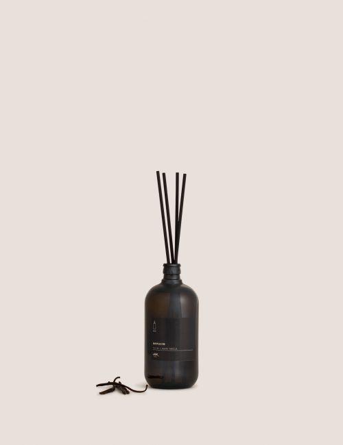 """מפיץ ריח BLACK VANILLA / 750 מ""""ל"""