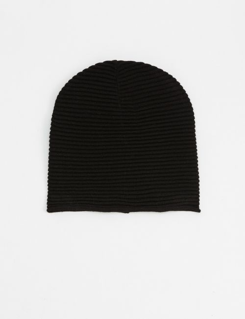 כובע גרב מכפלת מגולגלת