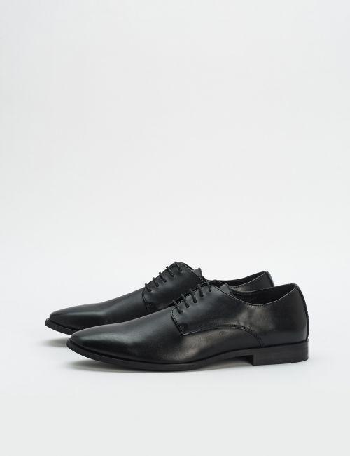 נעלי עור קלאסיות