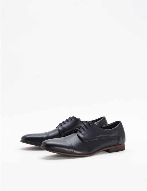 נעלי עור דרבי