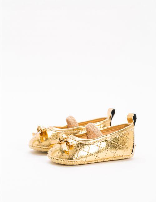 נעלי בלרינה עם טקסטורה