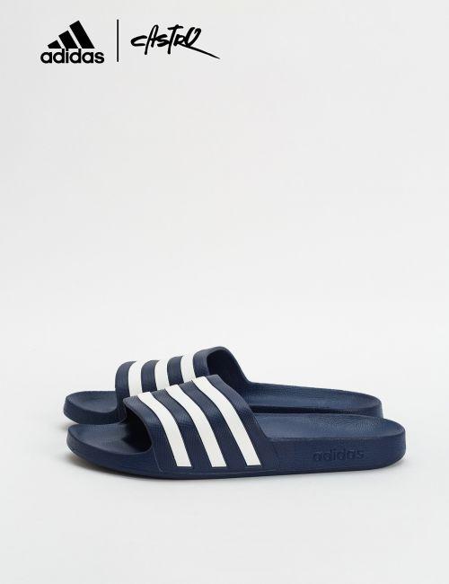 כפכפי Adidas פסים בצבע נייבי / גברים