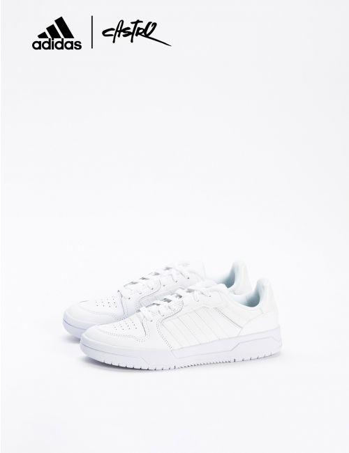 נעלי ADIDAS קלאסיות לבנות/ נשים