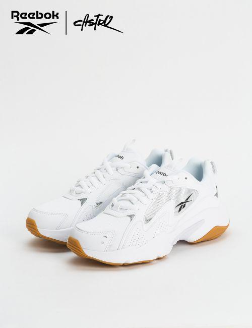 נעלי Reebok צ'אנקי לבנות / נשים