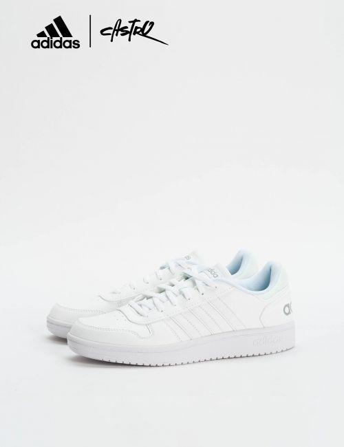 נעלי Adidas לבנות ולוגו/ נשים