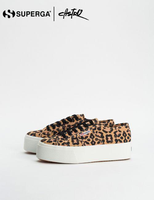 נעלי Superga מנומרות עם סולייה גבוהה / נשים