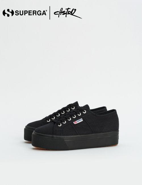 נעלי Superga שחורות עם סולייה גבוהה / נשים