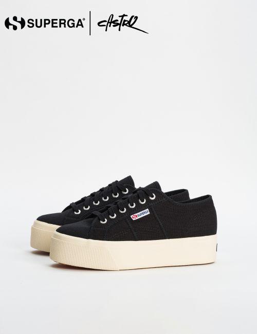 נעלי Superga שחורות עם סולייה גבוהה לבנה / נשים