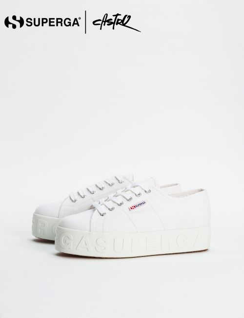 נעלי Superga לבנות גבוהות עם סוליית טקסט / נשים